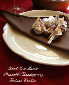Thanksgiving fortune cookies.  Love this idea at each person's place setting.