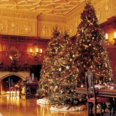 Top 5 tips for decorating your home at Christmas from Biltmore's experts.