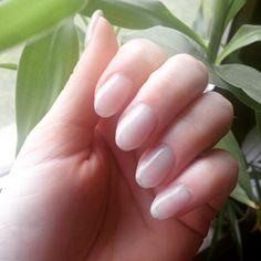 💕🎀 Lieblingssonntagsbeschäftigung - Nägel auffüllen 💅🏻 Jetzt geht es für mich in die Wanne 🛁💦 mit ner schönen Gesichtsmaske 💆🏼 und nem neuen Buch 📖 🎀💕 #gelnails #gelnägel #gelnägelauffüllen #naturnagel #naturnagelverstärkung #nails #nailaddict #nailstagram #fingernägel #fingernägelmachen