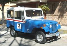 This Jeep is my toy, my pleasure and my hobby. It was rebuilt for me 10 years ago. I think this style is a very romantic Jeep, remembering old times Old Jeep, Jeep Cj, Volleyball Inspiration, American Motors, Commercial Vehicle, Old Trucks, Car Photos, Hot Cars, Military Vehicles