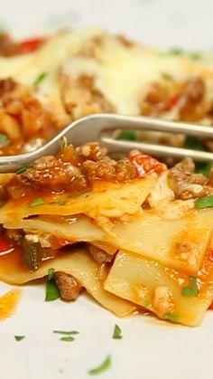 Lasagna never fails.- Lasagna never fails. Easy Dinner Recipes, Pasta Recipes, Chicken Recipes, Easy Meals, Kitchen Recipes, Cooking Recipes, Healthy Recipes, Cooking Okra, Cooking Venison