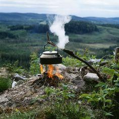 Koffie pauze in de natuur  foto: Håkan Vargas  bron: imagebank.se