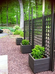 Put planting boxes on both sides to make both sides look nice. trellis diy movable privacy screen brattle fence interiorsalvage