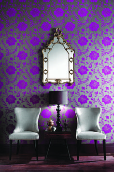Dramatic wallpaper with intense purple flowers on a silver background - More wonders at www.francescocatalano.it