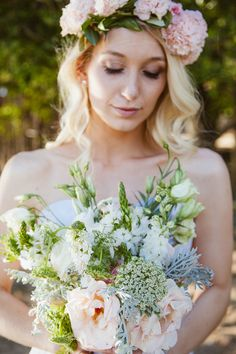 rose, lisianthus, and carnation bouquet, photo by Dearheart Photos http://ruffledblog.com/south-african-spring-wedding #weddingbouquet #flowers
