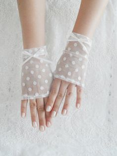 ivory wedding glove fingerless glove Delicate lace by WEDDINGHome, $25.00