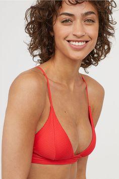Triangle bikini top - Bright red - Ladies | H&M 1