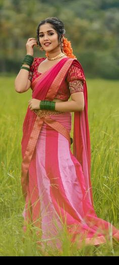 Women's Beauty, India Beauty, Beauty Women, Desi Girl Image, Girls Image, Vietnam Girl, Mbs, Half Saree, Saree Styles