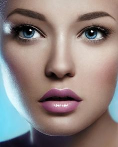 Flawless face for a flawless day...but with a pop of pink, of course #wedding #crcmakeup
