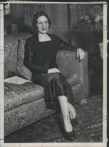 Sell one like this  Press Photo Swiss-Born American Socialite Mrs. Gloria Morgan Vanderbilt