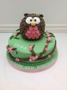 An Owl Cake by Fancy Fondant