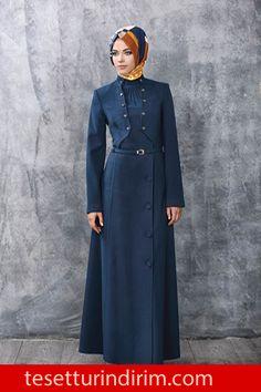 isbilir-2015-kis-pardesu-modelleri-010 › tesetturindirim.com Muslim Fashion, Fashion Wear, Denim Fashion, Hijab Fashion, Fashion Outfits, Womens Fashion, Hijab Style Dress, Hijab Chic, Mode Simple