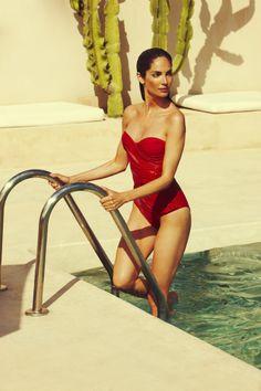 Estas son las fotos de las sesiones y la próxima colección de Tatjana Anika #allabouteu #models #springsummer