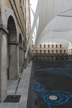 Galería - Cubierta para el Patio Carré des Arts in Mons / AgwA   Ney
