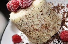 MUGCAKE - nízkosacharidový Vanilla Cake, Muffin, Low Carb, Cheese, Mugs, Breakfast, Desserts, Food, Fitness