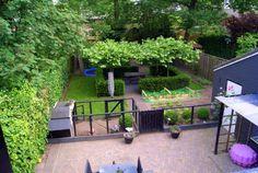 Inrichting kleine tuin met moestuin + kippenhok!