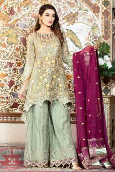Vogue Clothing Studio - All you add is original Clothing Studio, Pakistani Street Style, Eid Collection, Pakistani Designers, Pakistani Dresses, My Outfit, Ready To Wear, Vogue, Apple Wallpaper
