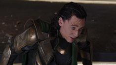 Loki Avengers, Avengers Movies, Loki Thor, Tom Hiddleston Loki, Loki Laufeyson, Marvel Movies, Loki Gif, Thor 2011, Loki Cosplay