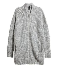 Gray. Slightly longer cardigan in a soft, rib knit with a zip at front and side pockets.
