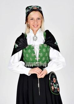 Østfoldbunad Folk Costume, Costumes, Summer Outfits Women, Frozen, Bomber Jacket, Street Style, Culture, Traditional, Clothes