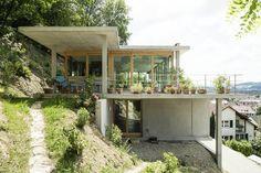 Resultado de imagen para casa en pendiente plataforma arquitectura