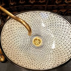 moroccan ceramic basin khel in beautiful design inspired by the sea and fish scales. Moroccan Bathroom, Moroccan Decor, Interior Exterior, Bathroom Interior Design, Ceramic Sink, Bathroom Inspiration, Home Deco, Basin, House Styles