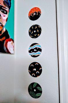 Cute Canvas Paintings, Small Canvas Art, Mini Canvas Art, Diy Canvas, Indie Room Decor, Cute Room Decor, Aesthetic Room Decor, Record Wall Art, Cd Wall Art