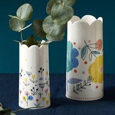 Love the cute shape of these vases, really different!