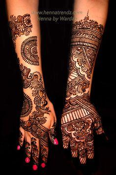 10 Best & Simple Eid Mehndi Designs & Henna Patterns For Hands & Feet 2012 Indian Mehndi Designs, Dulhan Mehndi Designs, Mehndi Designs For Hands, Bridal Mehndi Designs, Bridal Henna, Mehandi Designs, Indian Bridal, Mehendi, Mehandi Henna