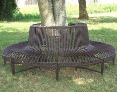 style ancien grand beau banc fauteuil tour d arbre en metal fer et fonte marron