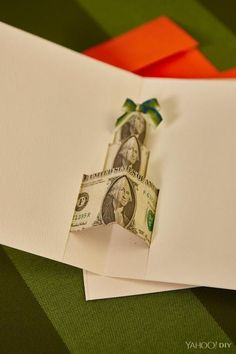 Outstanding DIY Gifts For Family - Outdoor Click Dollar Bill Origami, Money Origami, Diy Gifts For Boyfriend, Gifts For Husband, Creative Money Gifts, Money Gifting, Gift Money, Little Presents, Money Cards