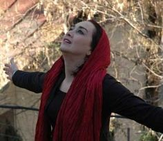 Iranian Vocalist Mamak Khadem Breaks Gender Rules With Music