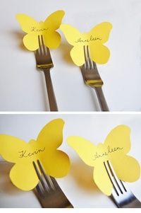 Perché un matrimonio in giallo? Perché il giallo è un colore che ti mette subito allegria e mi fa pensare ad un matrimonio estivo.