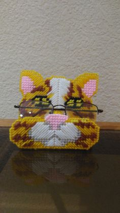 plastic canvas cat peeper keeper eyeglass holder by evashandcrafts on Etsy