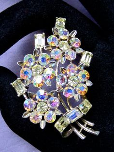 LISNER signed AURORA Borealis (AB) floral spray bouquet flower pin brooch ~vintage costume jewelry * * * * * Description: This LISNER signed pin