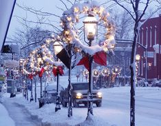.Street Lights & Snow at Christmas Time /  - -Bookmark  Your Local 14 day Weather FREE > http://www.weathertrends360.com/Dashboard  No Ads or Apps or Hidden Costs