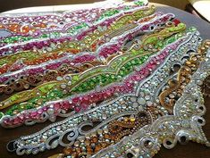VK is the largest European social network with more than 100 million active users. Embroidery Neck Designs, Embroidery Patches, Beaded Embroidery, Types Of Ballroom Dances, Cowboy Hat Bands, Samba Costume, Festival Costumes, Beautiful Costumes, Fantasy Costumes