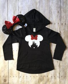 This adorable hooded top, features a high low hem and small pouches in the front. Its made of cotton/poly jersey for a comfortable wear-anywhere appeal. The high quality gold glitter will not shed & will remain sparkly wash after wash!  This listing is for the hoodie only! Minnie ears NOT included.   SHIPPING: Most orders ship via USPS First Class Mail (2-5 business days)   Follow us on Instagram @TheBizziB for the latest deals, sales & products!! Also check us out on Facebook