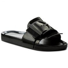 A(z) 426 legjobb kép a(z) Favorite Shoes táblán ekkor  2019  f9592b9916