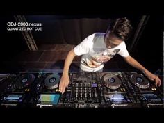 Approved: Laidback Luke Demo-ing the Pioneer CDJ 2000 Nexus.