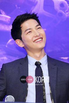 Song Joong Ki Press Conference Descendants Of The Sun 22022016