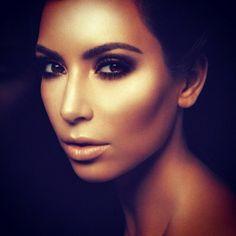 Highlight & Contour Makeup, Kim Kardashian