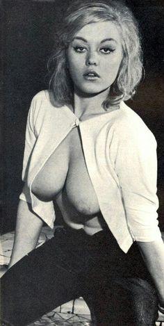 Vintage linda hamilton nude