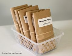 How to make popcorn in the microwave using a brown paper lunch bag - An easy way to have homemade popcorn with the convenience of the microwave! Paper Bag Popcorn, Popcorn Gift, Popcorn Bags, Homemade Microwave Popcorn, How To Make Popcorn, Snack Recipes, Snacks, Employee Appreciation, Brown Bags