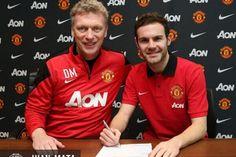 Juan Mata ya es jugador del Manchester United y su fichaje más caro