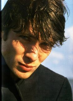 Cillian Murphy Fans added a new photo — with Solange Martucelli. Pretty Men, Pretty Boys, Beautiful Men, Beautiful People, Peaky Blinders Thomas, Cillian Murphy Peaky Blinders, Cillian Murphy Movies, Handsome Actors, Jolie Photo