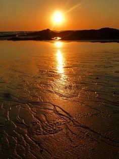 Sunset at Playa Hermosa, Costa Rica  http://tiendacostarica.cr/camaras-digitales/