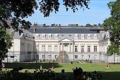 Mansions, House Styles, Building, Chapelle, Brussels, Travel, Louvre, Places, Italian Renaissance