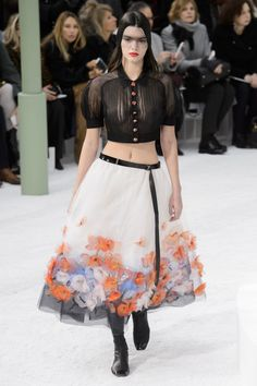 Kendall Jenner struts the Chanel Haute Couture show | News | The FMD #lovefmd