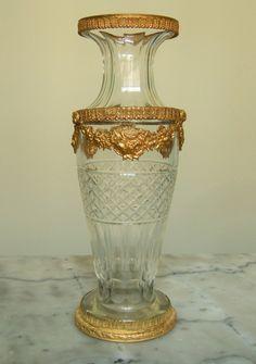 Baccarat grand Vase En Cristal Et Bronze Doré Style Louis XVI 31cm